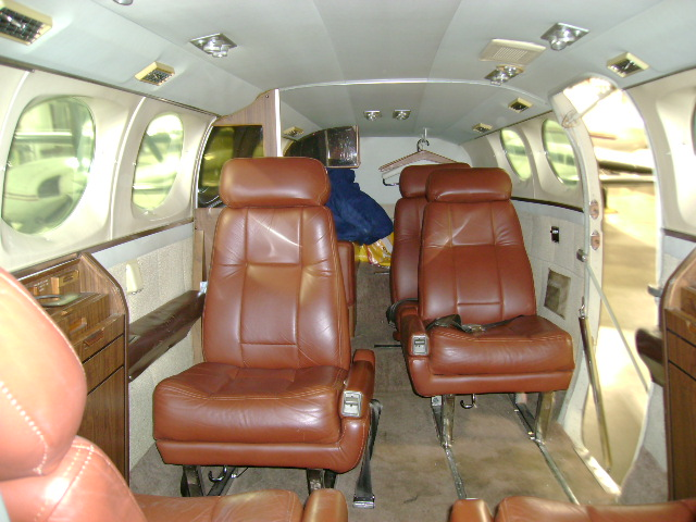 Cessna 414 - N2664F | Wisconsin Aviation